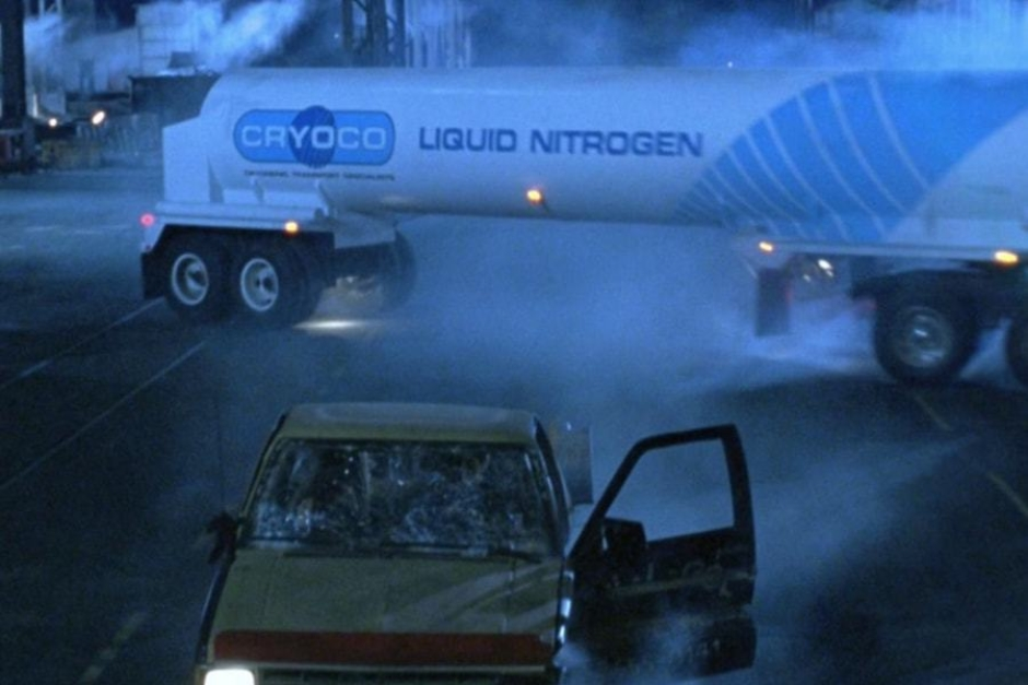<p><strong>Figure 2.4</strong> When the Cryoco truck slides sideways, just before it rolls onto its side, we are offered our best look at the trailer graphics.</p>