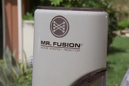 <p><strong>Figure 1.2 </strong>The Mr. Fusion logo as it appeared on the Home Energy Reactor that powers the hovering post-2015 version of the DeLorean time machine.</p>