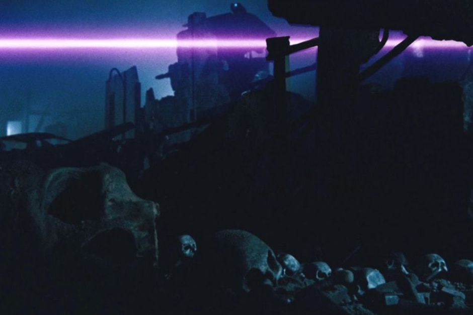<p><strong>Figure 3.7</strong> In the year 2029, we see H-Ks firing lasers at humans — a visual that ties the future war to Sarah Connor's predicament in Tech Noir.</p>